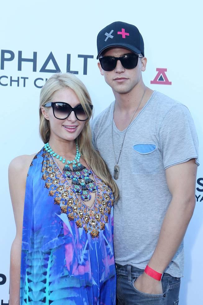 Paris Hilton & River Viiperi