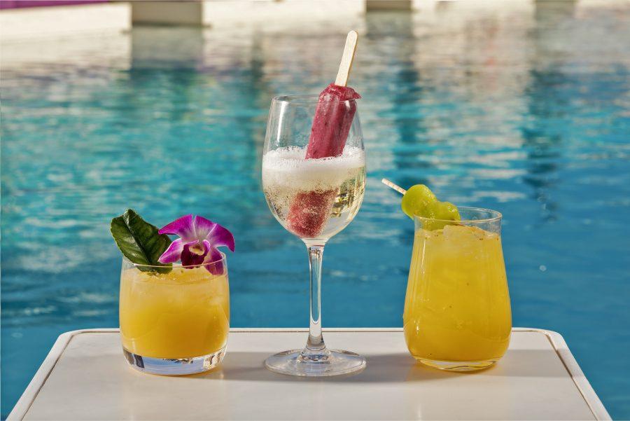 The Cosmopolitan Of Las Vegas Boulevard Pool Cocktails